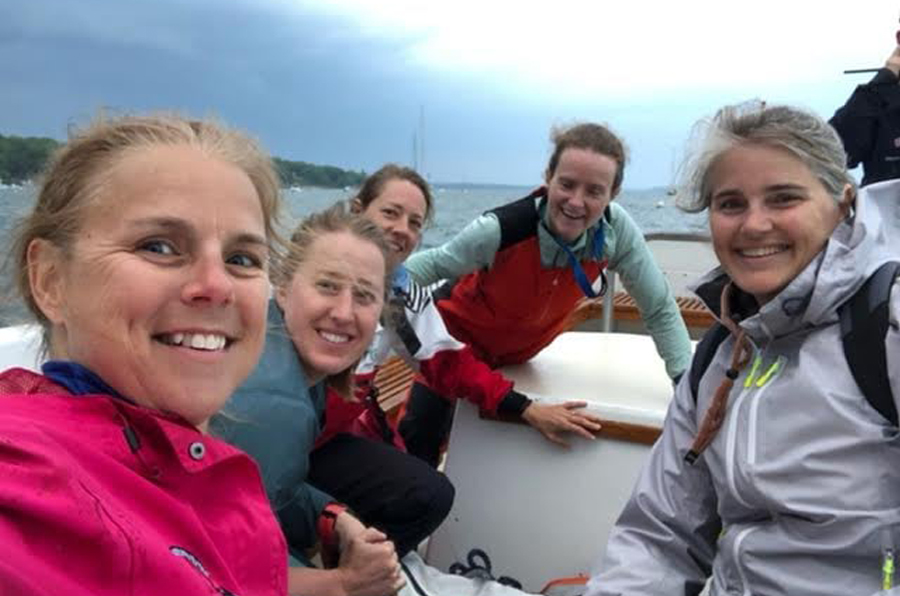 Erica and the rest of the sailing team on the j24