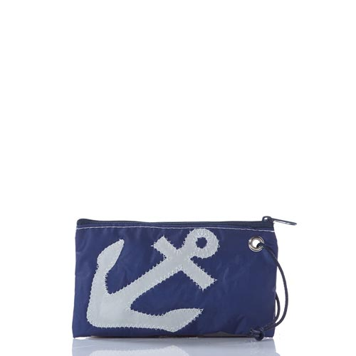 White-on-Navy Anchor Wristlet
